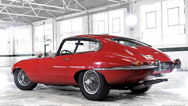 Very nice E-type.. http://t.co/JTYBYzAnJ7