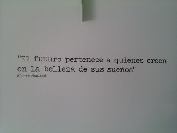 El futuro pertenece... http://t.co/HfiEJwgTXY