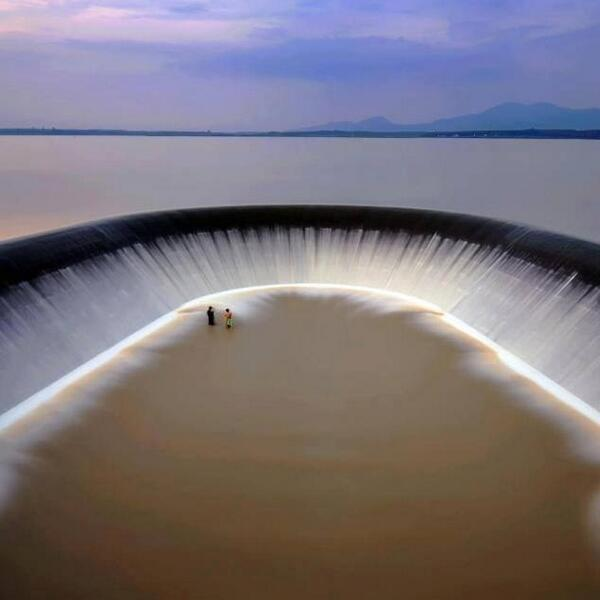 Overflow Spillway at the Khlong Yai Reservoir in Thailand http://t.co/454HGedhit
