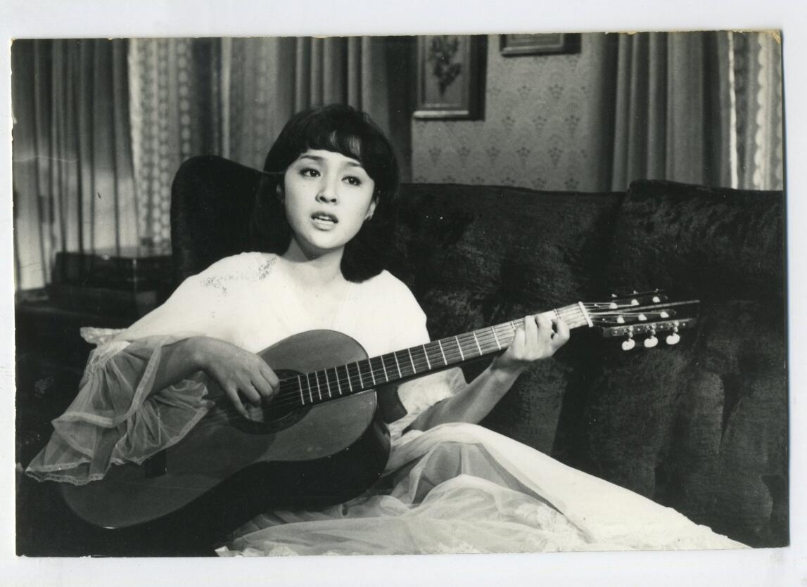 "Chen CHEN in ""Where the Seagull Flies"" (海鷗飛處, 1974)by LI Hsing http://t.co/GjKPMdSNLU"