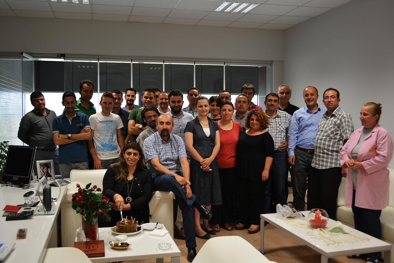 BRN Yatak Genel Müdürü Berna İLTER Doğum Gününü Mesai Arkadaşlarıyla Kutladı. Nice Mutlu Yıllara... http://t.co/6XqEbZAVqy
