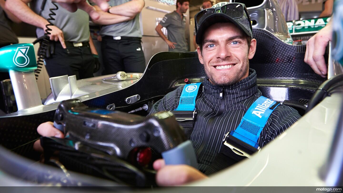 Nice shot of @calcrutchlow at Silverstone on Sunday where he caught up with his compatriot @LewisHamilton on raceday http://t.co/sWT1Ds96tt