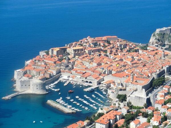 【クロアチア】 ドブロブニク ジブリ映画「魔女の宅急便」、「紅の豚」のモデルとも言われている。1