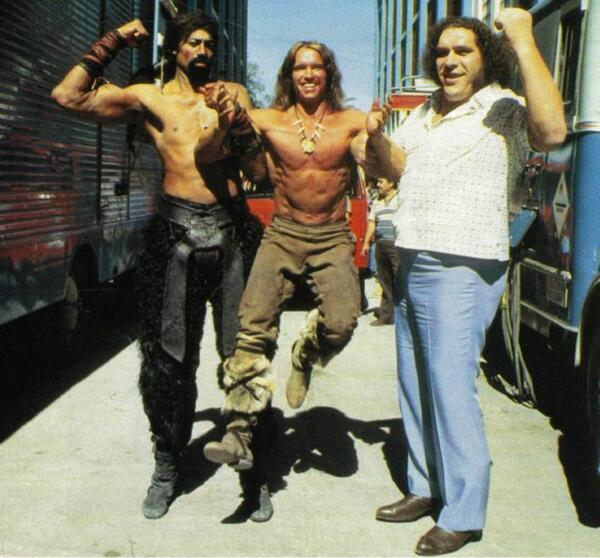 Photo Of The Day: Wilt Chamberlin & Andre The Giant holding up a young Arnie http://t.co/QsptEp73V0
