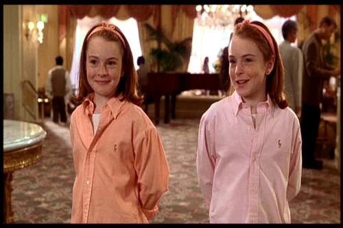 lindsay lohan hermana gemela: