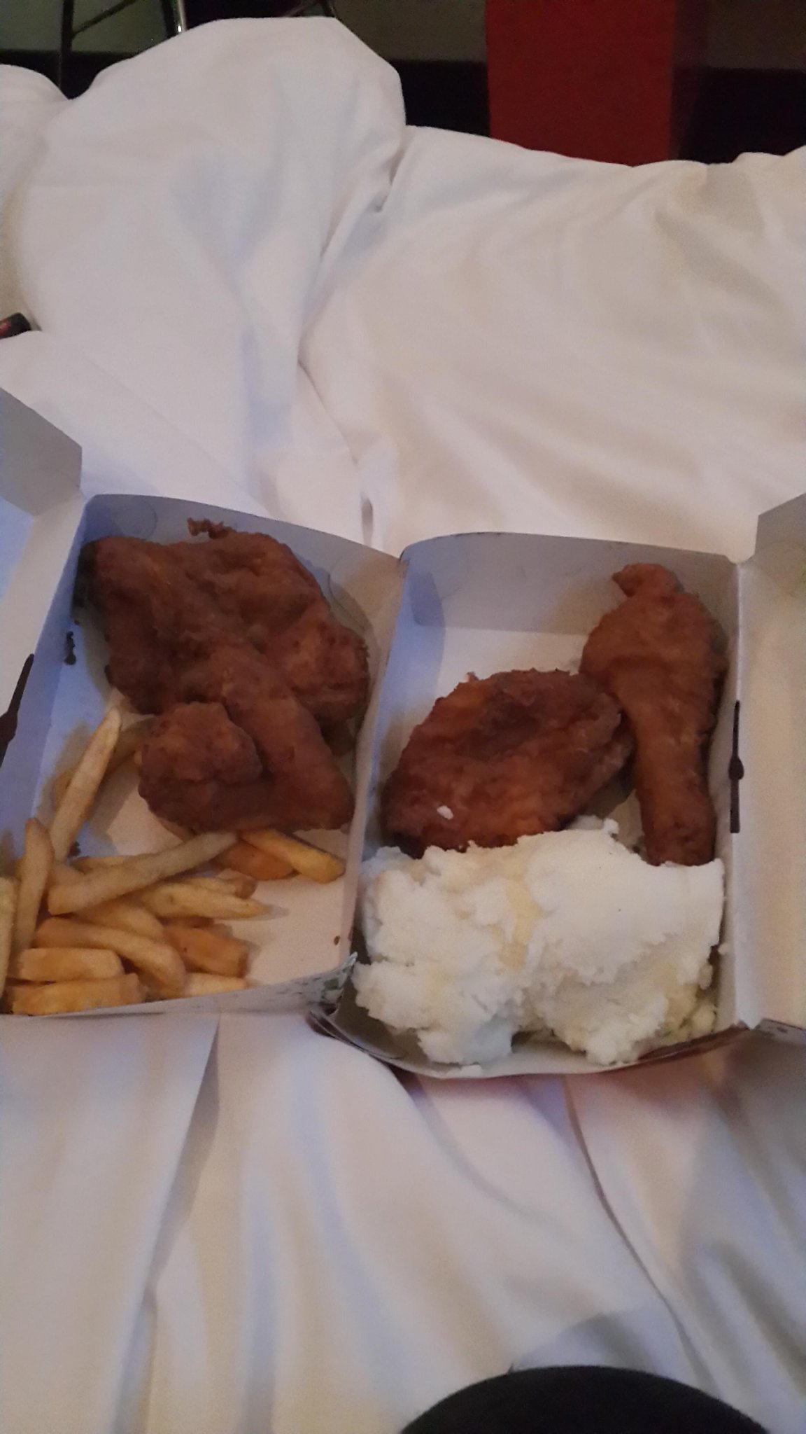 When bogosi and I r hungry so late at night. #3starafrica. http://t.co/I2ZTnUPwpr