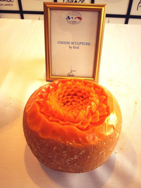 Our beautiful @IsignyAmerica #mimolette sculpted by #Krai. Just beautiful ! http://t.co/61ouCMzIrA