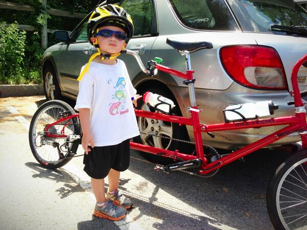Michele Smith (@mingshan): Elliot got a new MIPS helmet. @lazerhelmets - please make these for adults! http://t.co/YzfoU1YbDX http://t.co/Z6cWJ2lSqs