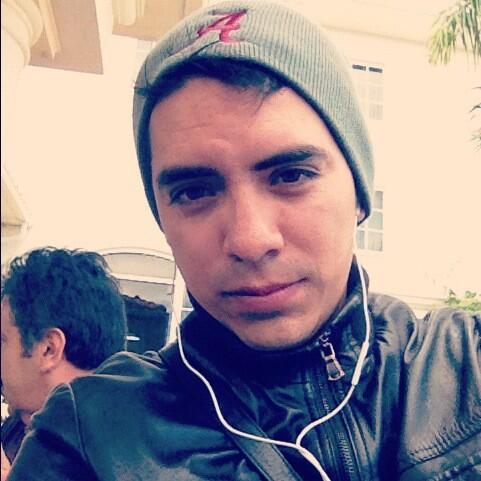 Arturo Vargas Rios (@LosPrimosArturo): Besos para todas mijas http://t.co/k9Y2aU7IJR