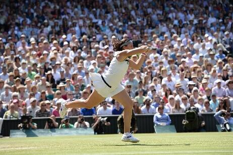 First set to #Bartoli. Serves it out to love. Leads #Lisicki 6-1 in the #Wimbledon final. 30 minute set. http://t.co/ZyF3WwrruC