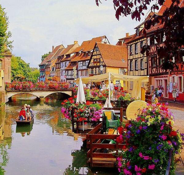 ハウルの動く城の舞台となったフランスのコルマール♪