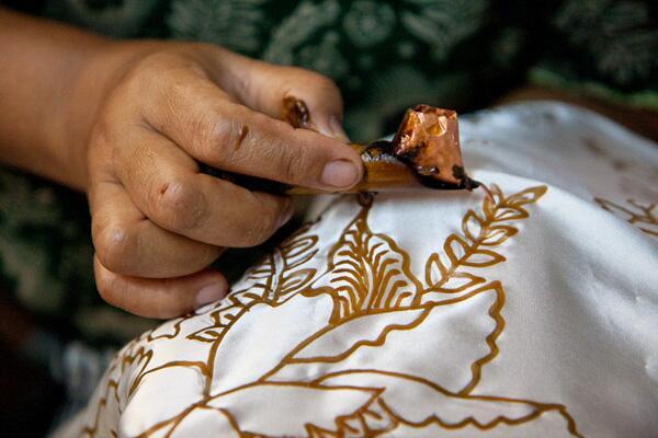tanggal 17-21 juli ada gelar batik nusantara di jcc, jakarta. sebagai orang yg cinta dengan budaya, kamu dateng kan? http://t.co/nxa3irauj1