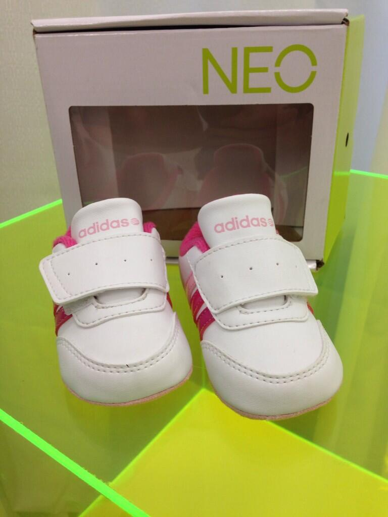 RT @selenagomez: Little Baby #AdidasNEOLabel for Gracie!!! http://t.co/nXX51CINBL