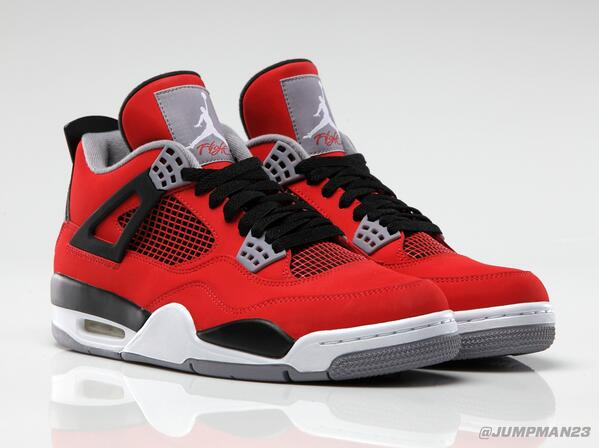 Black, white & heavy on the 'Fire Red'. This Saturday's AJ 4 Retro drop is Chi-town certified: http://t.co/qALvKhKIE2