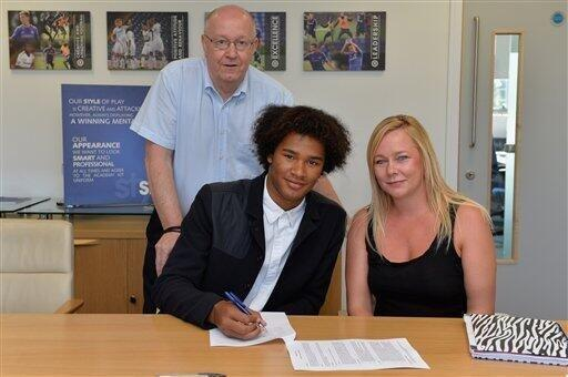West Brom youngster Isaiah Brown signs for Chelsea [Picture]