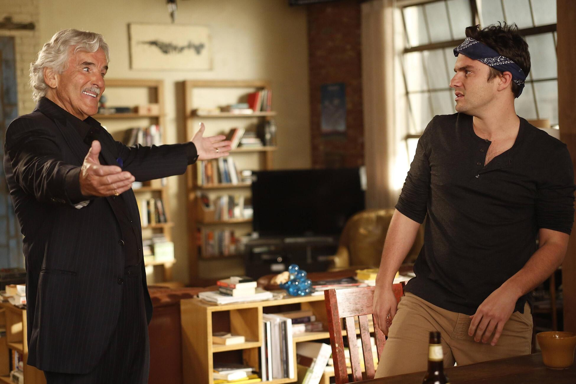 RT @NewGirlonFOX: From everyone at New Girl: We will miss our friend Dennis Farina. #newgirl http://t.co/qrLhm5GUML