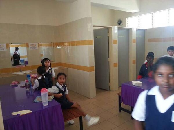 """@khalids: Non Muslim students are forced to eat in the toilet in Malaysia to respect the Muslims who are fasting http://t.co/Ouefx4aEn7"""