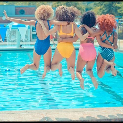 As seen on tumblr: This photo sums up how us #naturalhair gals should be spending our Summer! Photo by @dizzycrane http://t.co/XxU5KOjJ6d