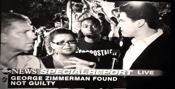 Gio Benitez (@GioBenitez): Many who wanted Zimmerman convicted are still at the courthouse chanting,