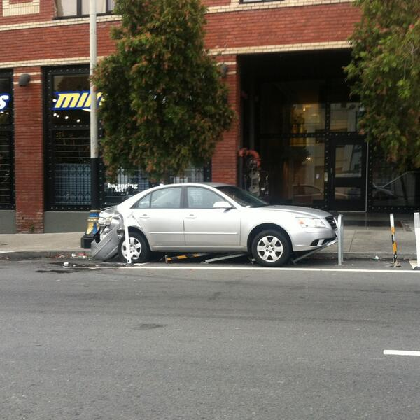 MonkeyBrains ISP (@monkeybrainsnet): Finally! A car owner takes a stand vs. bike parking on Howard St. :) http://t.co/cUIJWPcIzR