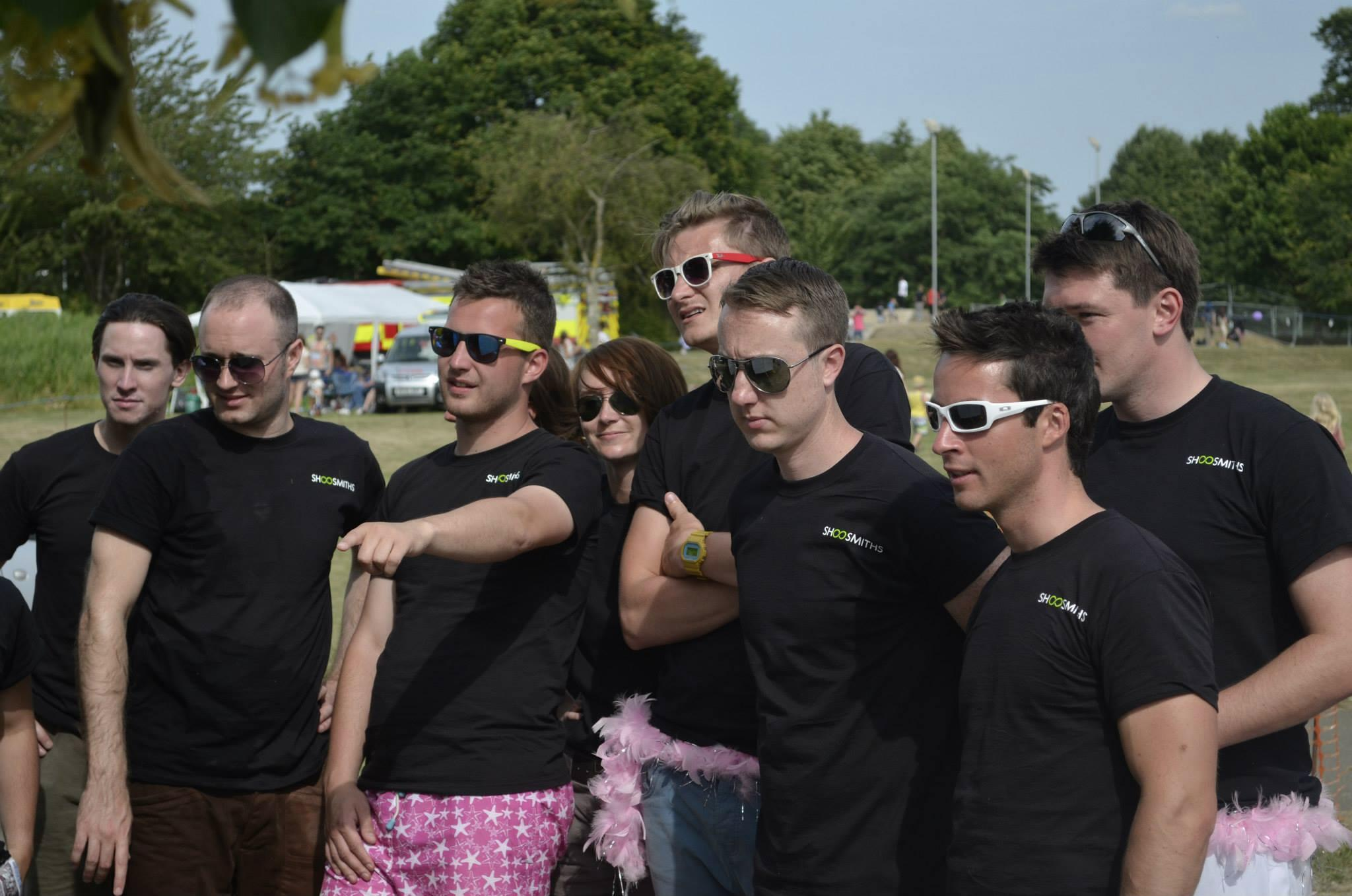 RT @signituk_notts: Sign It were pleased to see Shoosmiths sporting their #BrandedTShirts at the charity Dragon Boat Racing yesterday http:…