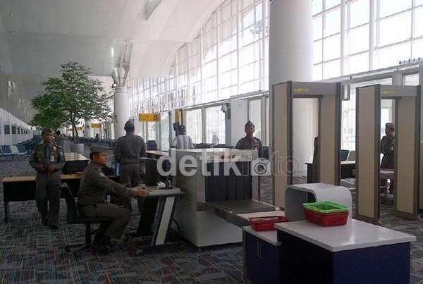 Medan Bakal Macet karena Operasional Kuala Namu, Polisi Siagakan Personel July 15, 2013 at 03:21PM http://t.co/5b0srcKtU4