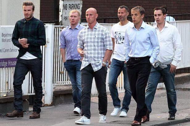 Look at this for a little re-union night out. @ManUtd  #legends http://t.co/xdnfceU9Fk