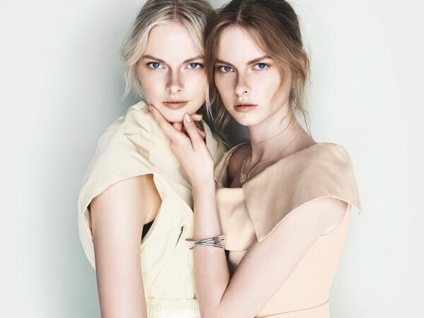 Sisters @elzaluijendijk and @VeraLuijk strike a pose for Cue's spring advertisements. http://t.co/XT4FPFYKk6