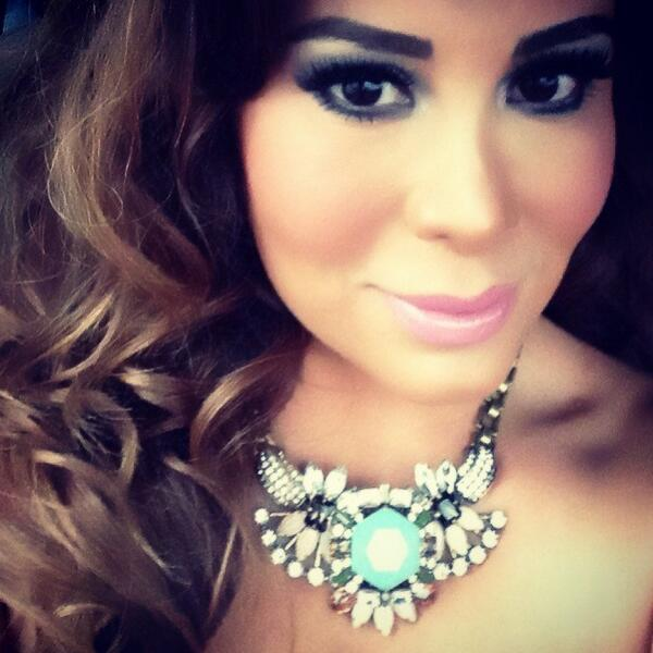 Vero Solis  (@vero_solis): Ready for #NBNL2013 http://t.co/Qm3Ko5iAJR