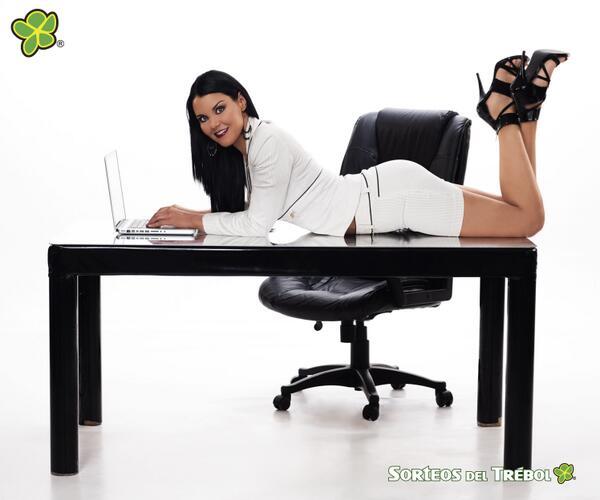 Sorteos del Trébol (@SorteosDlTrebol): Felíz Día de la Secretaria!!! http://t.co/6pPD0bIDzj http://t.co/IvSegiGuQZ