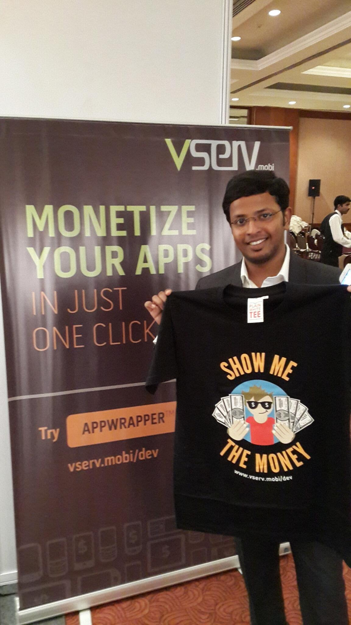RT @VservMobi: Here's @anandish at #mBillionth whose favorite app is @Olacabs :) Tweet & Win! http://t.co/hMBgezm3TU