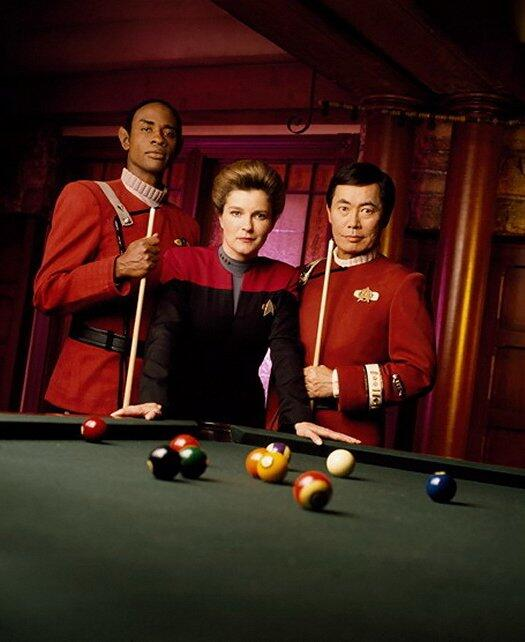 "RT @TrekCore: Kate Mulgrew, Tim Russ and special guest star for 30th anniversary episode ""Flashback"" @GeorgeTakei as Captain Sulu http://t.co/jcbdSYZKDw"