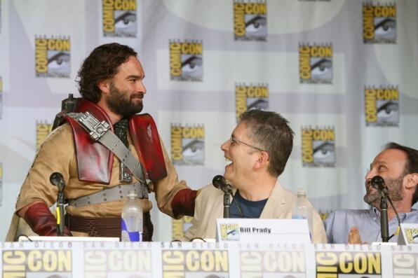 Photos from @BigBang_CBS Panel ft. a surprise guest at #ComicCon: http://t.co/SuxQexK1RH! @billprady @MelissaRauch http://t.co/5R45MOOP5N