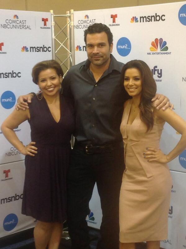 RT @khorne1234: @RicardoaChavira & former pretend wife @EvaLongoria & new pretend wife, @JustinaMachado #NBC #welcome2thefam http://t.co/3NC9aCKMnG