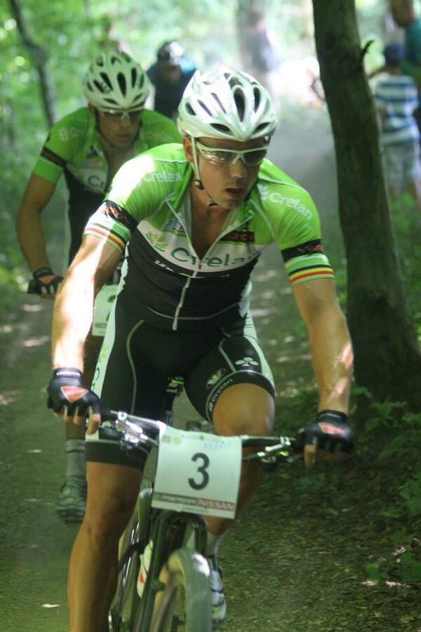 In het wiel van latere winnaar @sven_nys .. http://t.co/Kcg5oSlHj9