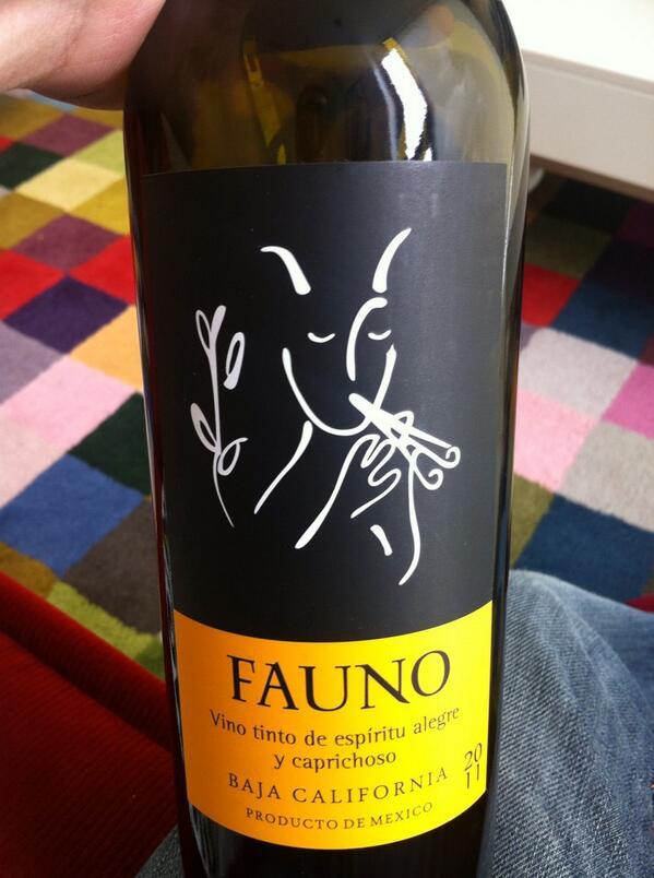 Este vino es mi favorito actual  #hechoenMéxico   Buena tarde http://t.co/BBq6aJ1oVl