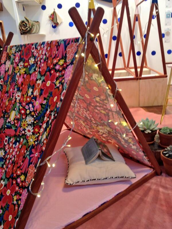 A gorgeous play tent from Such Great Heights (and it doubles as a clothes rail!) #lifeinstyle #kidsinstyle http://t.co/Xkd6j82D3f