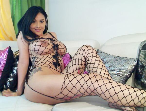 Dayaanna  (@DayaannaCam4): #RT O FAVORITE SI TE GUSTA :) http://t.co/qo6Htr5TRd