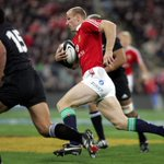 """@lionsofficial: Happy Birthday @gareththomas14 from @lionsofficial ! Enjoy ! #LionsTour http://t.co/pt6havgazG"" Good times;)"