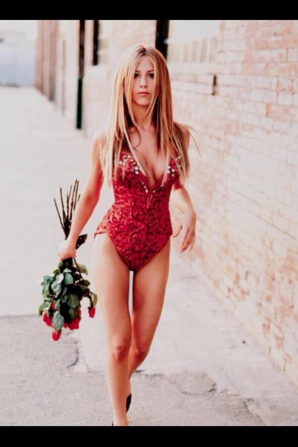 Photo Of The Day: A very young Jennifer Aniston http://t.co/d4IPLPiSAa