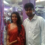 RT @sillijo: #EthirNeechal on Location Pic with @PriyaWajAnand http://t.co/ePERBqwg7t