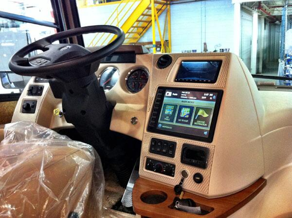 The Winnebago Journey, with our in-dash RV GPS navigation system is rolling out! @WinnebagoInd & XiteSoluntions http://t.co/m4a2OpJGyV