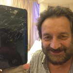 My friend broke his iPhone...! http://t.co/Mvm4zFQxBJ