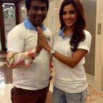 RT @onlynikil: Vanakkam with Vanakkam Chennai Heroine http://t.co/LelOpAlHGK
