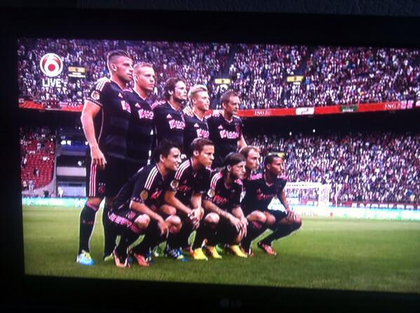 BQMxrX9CIAAx7lG Ajax keeper Kenneth Vermeer forgot about the team photo pre AZ Dutch Super Cup!