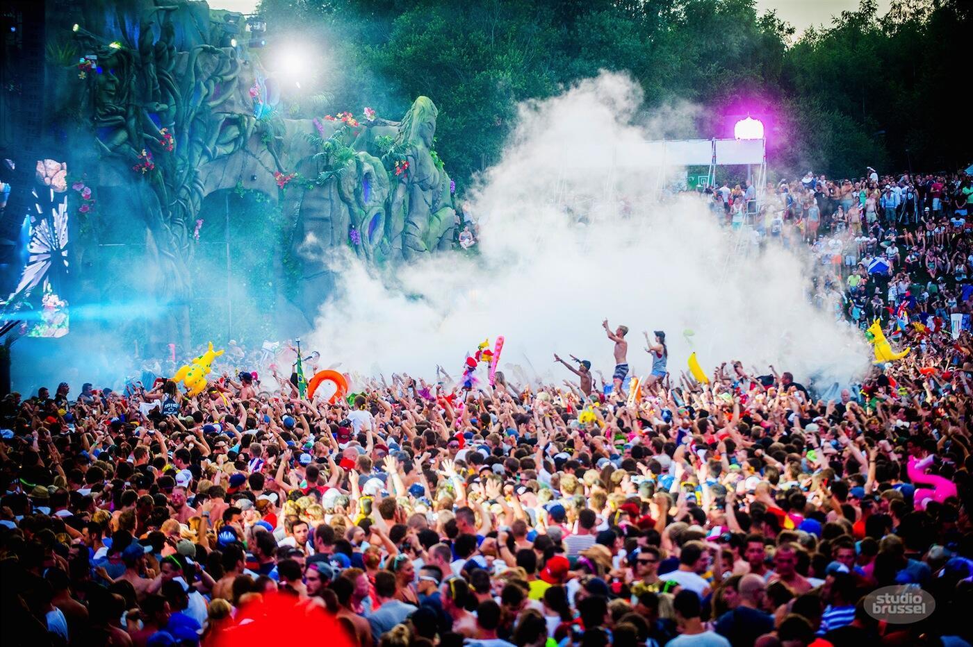 Don't miss a beat dankzij All Areas! Tomorrowland, dag 3: de komende 10 uur live op je radio, go! http://t.co/YJglSOXzv9