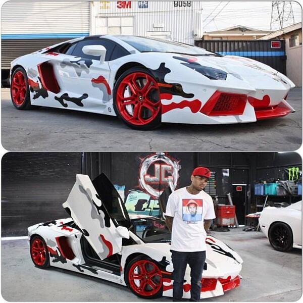 If the Joker drove an #Aventador it might look like @chrisbrown's @lamborghini @LamboJHBCPT Poor car http://t.co/ERZsWHmGbJ