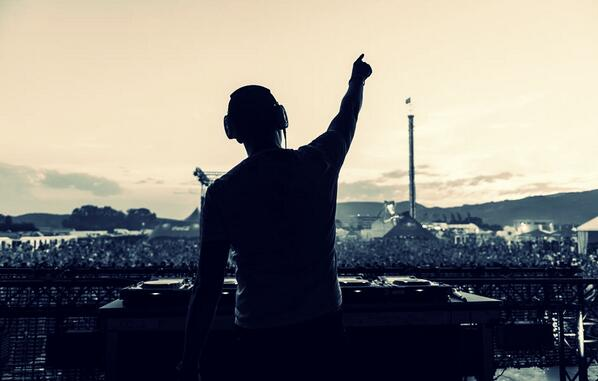 An amazing pic taken from Motion Festival 2013!! http://t.co/vYWV24k5i9