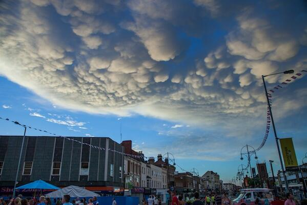 "Amazing! MT ""@kerriegosneyITV: #Mammatus Clouds over Stockton-on-Tees (Int'l Riverside Festival) by Jason Watkin http://t.co/DyJaJ7FOIE"""