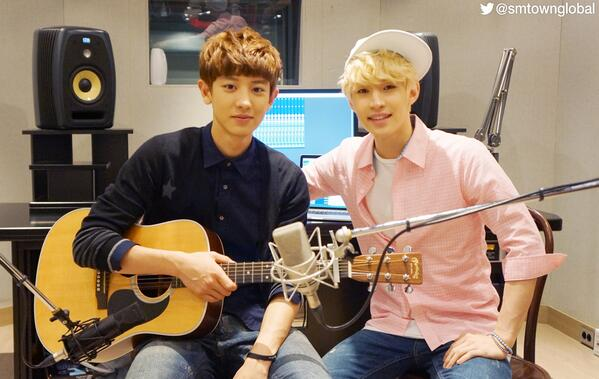 .@henrylau89 & #EXO #ChanYeol at the recording studio for 1-4-3(I Love You) Acoustic Ver. http://t.co/oxfuVUae8e